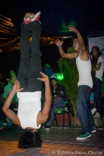 8f2bceaca7df Battle of the Breakers! – Tiny Toones – Break-dancing and hip-hop to ...